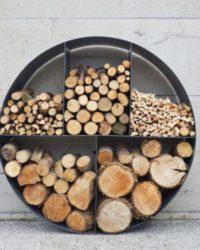 Дрова и дровницы для бани